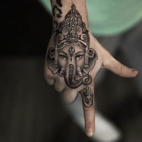 101 Diseos de Tatuajes en la mano para hombres