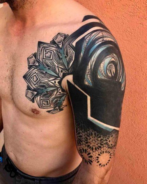 Tatuajes en todo el brazo con diseos exclusivos