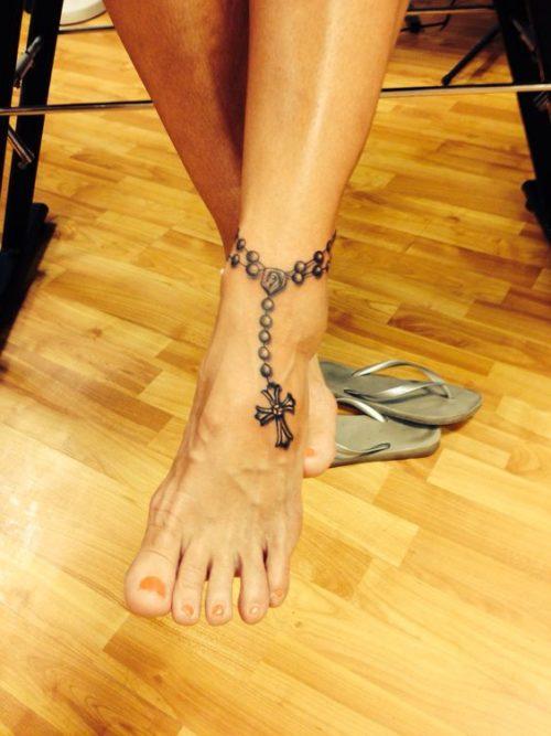 Tatuajes De Cruz Disenos Ideas Imagenes Y Significados