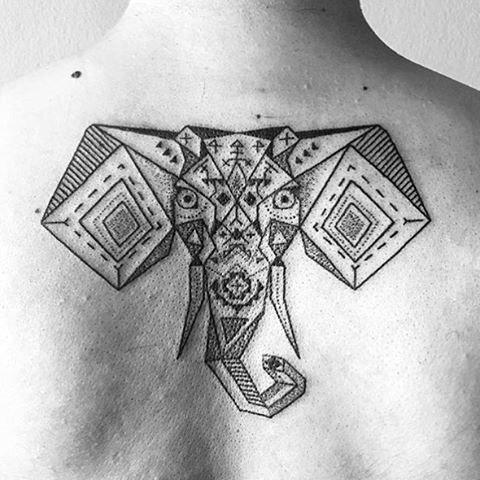 TatuajeElefante21 Tatuajes de elefantes y su significado