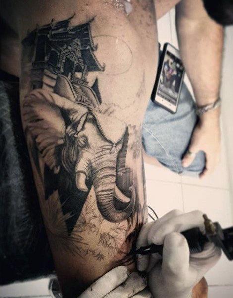TatuajeElefante8 Tatuajes de elefantes y su significado